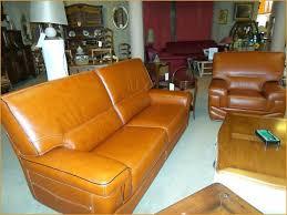 entretien d un canapé en cuir entretien canapé chesterfield obtenez une impression minimaliste