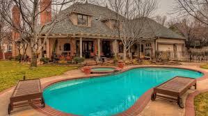 download average pool size garden design