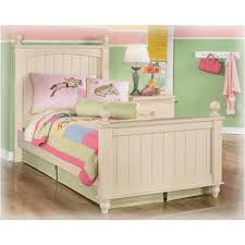 cottage retreat bedroom set ashley furniture cottage retreat poster bedroom set best priced