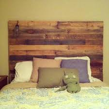 Pallet Wood Headboard Pretty Diy Headboard On Pallet Wood Headboard Diy Wooden