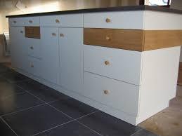 repeindre des meubles de cuisine en stratifié comment peindre un meuble stratifie i196 de cuisine traditionnel