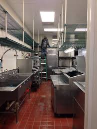 fast food restaurant kitchen heavy duty deep cleaning service in