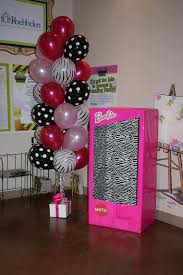 Barbie Photo Booth How To Make A Photo Booth For A Barbie Party Fiestas Barbie Y