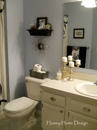 homey home design christmas in the bathroom