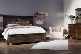 four piece traditional bedroom set in natural dark chestnut