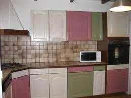 rajeunir une cuisine rajeunir sa cuisine en bois rayonnage cantilever
