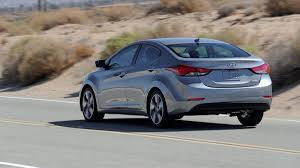 reviews on hyundai elantra 2014 2014 hyundai elantra sedan preview j d power cars