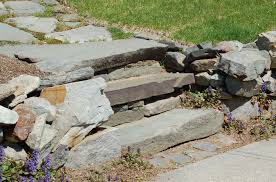 building landscape steps for easy access outdoors