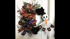 make a halloween wreath how to make a halloween grapevine wreath quick and easy youtube
