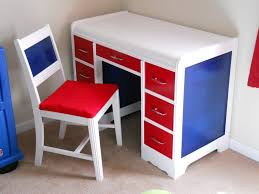 White Desks For Kids by White Fiberglass Kids Computer Desk With Red Drawer Using Chrome
