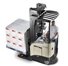 rr rd series reach lift trucks crown equipment corporation