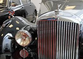 vintage bentley grill chrome finish vintage car free image peakpx