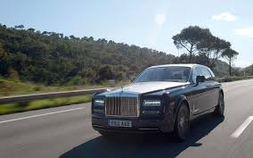 roll royce rod rolls royce phantom series ii first drive motor trend