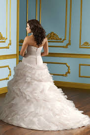 20 beautiful curvy bridal looks styles weekly