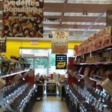 Bulk Barn Hours Ottawa Bulk Barn Wholesale Stores 5445 Rue Des Jockeys Mont Royal