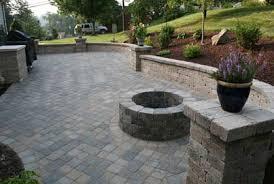 Small Backyard Paver Ideas Paver Designs For Backyard Best 25 Backyard Pavers Ideas On