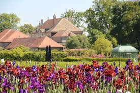 win tickets to the gardens of the château de vullierens living