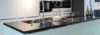 granit küche arbeitsplatte granit naturstein über quarz bis hin zu keramik