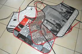 tablier de cuisine plastifié tabliers de cuisine micky des tissus de la couture
