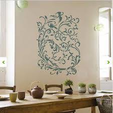 pochoir pour cuisine craquez pour un sticker mural géant dans le salon la chambre