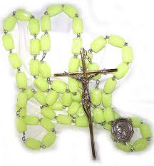 glow in the rosary paternosters the wall