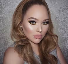 How To Become A Professional Makeup Artist Online Nikkietutorials The Beauty Madness