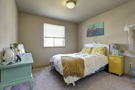 How To Place Furniture In A Bedroom by How To Arrange A Bedroom Bedroom Decorating Inspiration Images