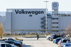 volkswagen germany headquarters united auto workers win vote at volkswagen u0027s lone us plant
