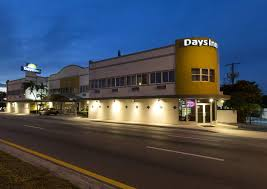 Comfort Suites Miami Springs Book Days Inn Miami Airport North In Miami Springs Hotels Com