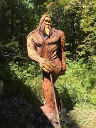awesome bigfoot wood carving i came across in the catskills