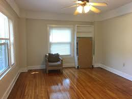 Laminate Flooring On The Ceiling Detroit Apartment Rentals Here U0027s What 1 350 Can Rent You