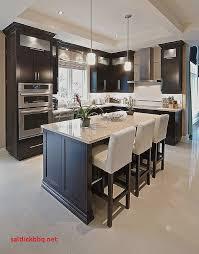 idee cuisine avec ilot ilot avec table coulissante pour idees de deco de cuisine
