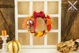burgundy thanksgiving turkey wreath 1 12 dollhouse miniature