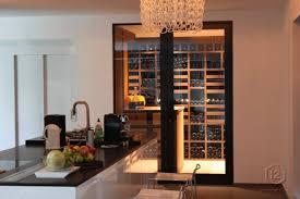 cuisine avec cave a vin cave à vin dans la cuisine wengé luxembourg 2010 déco design