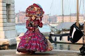 venetian carnival costumes 6 reasons why venice carnival is the most unique festival in the
