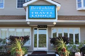 Connecticut travel lodge images Berkshire travel lodge in canaan new york jpg
