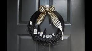 diy halloween skeleton graveyard wreath in black how to make