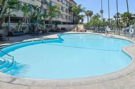 Closest Comfort Inn Comfort Inn U0026 Suites Zoo Seaworld Area San Diego Ca Booking Com