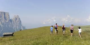 si e unesco hiking in kastelruth unesco heritage dolomites