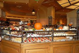 Vegas Cheap Buffet by Vegas On The Cheap Day 5 The Luck Of The Irish Hooters Girls A