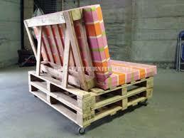 canapé en palette avec dossier canapé mobile avec des palettesmeuble en palette meuble en palette