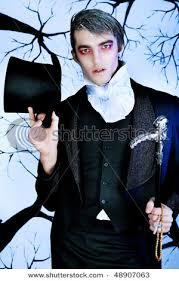 Sweeney Todd Halloween Costumes Handsome Young Man Vampire Style Makeup Sweeney Todd