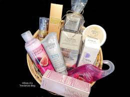 Spa Gift Basket Ideas Diary Of A Trendaholic Spa Gift Baskets With Avon