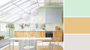 cuisine blanc cassé quelle couleur pour une cuisine blanche cuisuine etroite palette