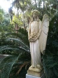 cemetery statues angel statue in bonaventure picture of bonaventure cemetery tours