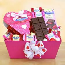 Gift Baskets Online Shop For Valentine U0027s Day Gift Baskets Online Diva Likes