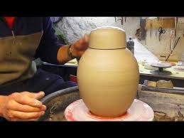 throwing a pot throwing making a pottery ginger jar pot on the wheel youtube