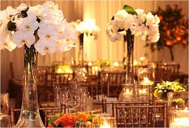 table centerpieces for wedding besides this since these flowers are available all year they
