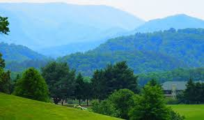 Tennessee mountains images Gatlinburg and the tennessee smoky mountains living in the blue jpg