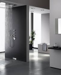 badezimmer duschen hightech im badezimmer mit geberit wandablauf für duschenwiener